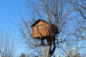 domek dla dzieci z palet